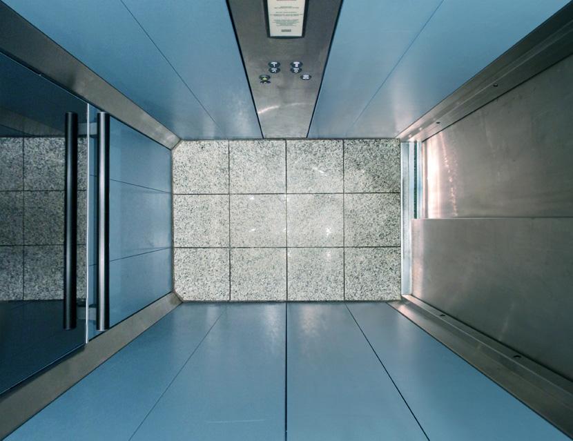 Untitled (Lift III) 2011, 70 x 91 cm (28 x 36 in.)